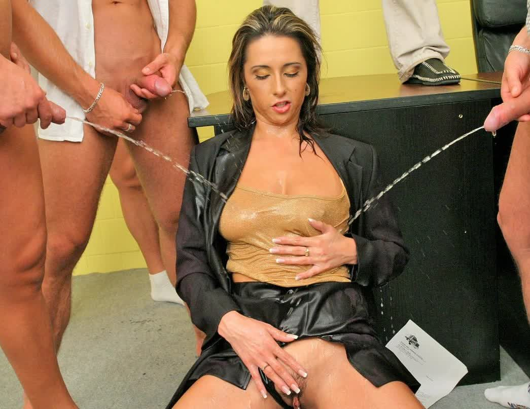 Cumloving Stunner Facialized After Double Penetration 3some HD